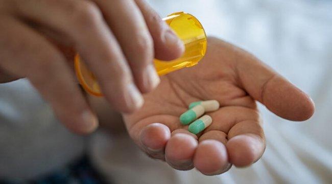 Bilinçsiz Antibiyotik Kullanımı Direnci Artırıyor