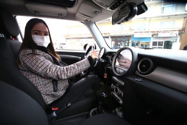 Bıraktığı sigaranın parasıyla kızının otomobil hayalini gerçekleştirdi